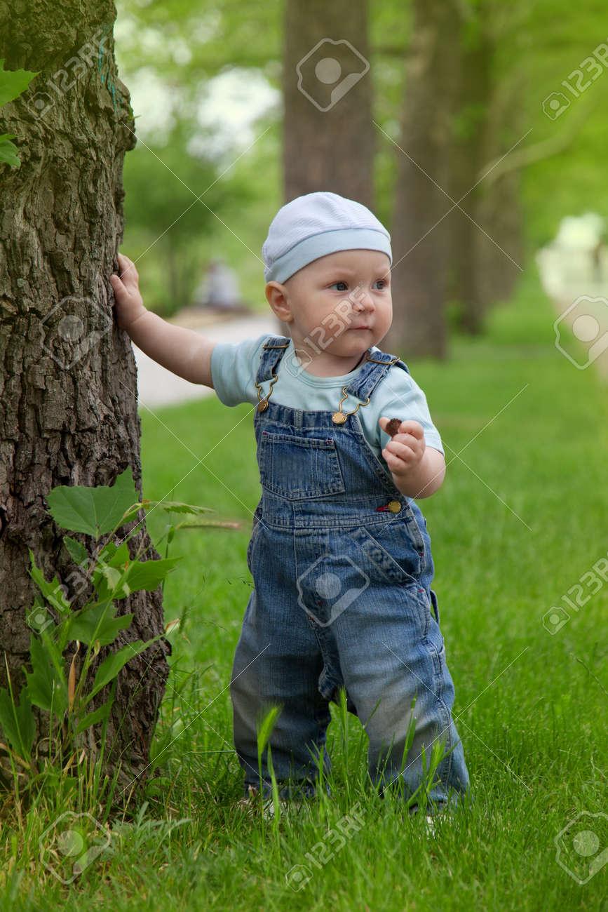 A little boy walks in the park Stock Photo - 10224300