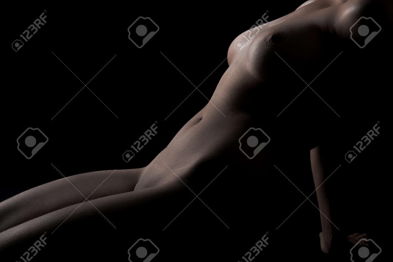 nero femminile nudo modelli