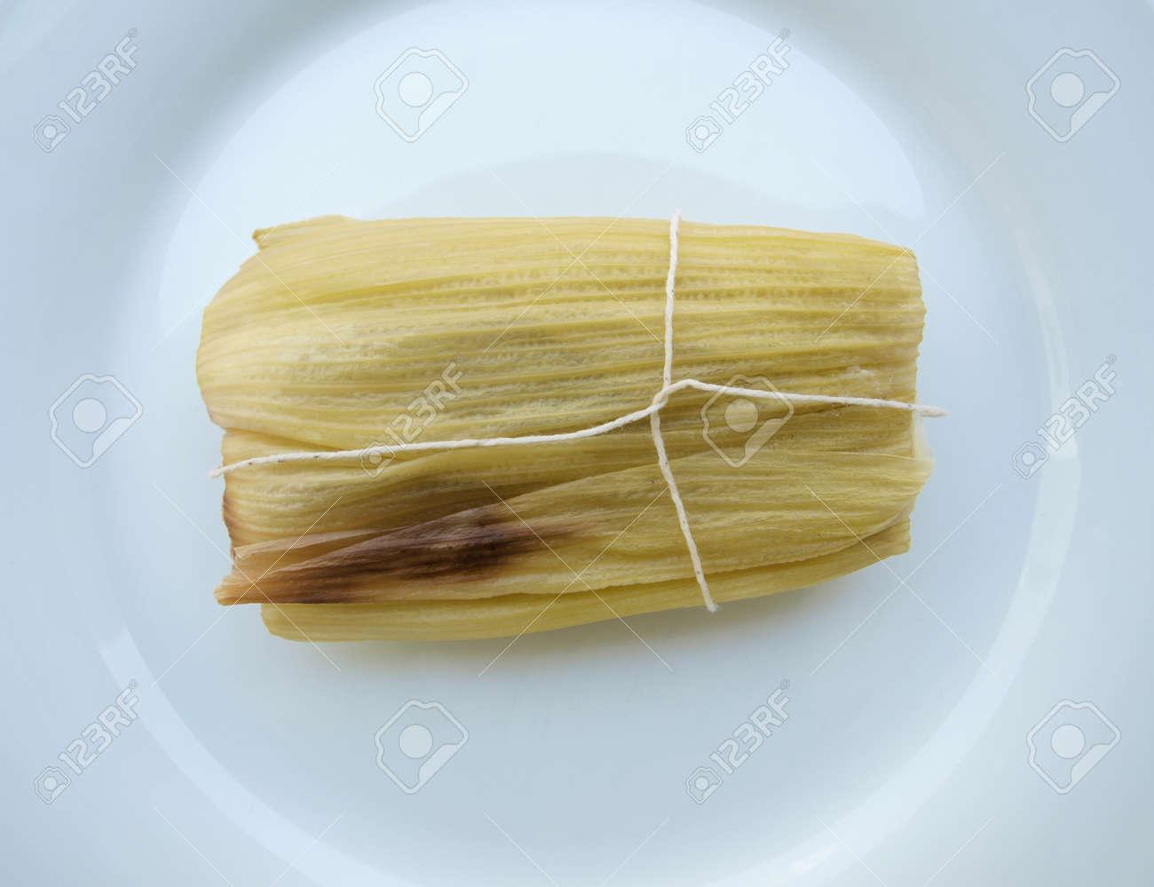 Sweet tamale, a traditional Latin American corn wrap Stock Photo - 11411504