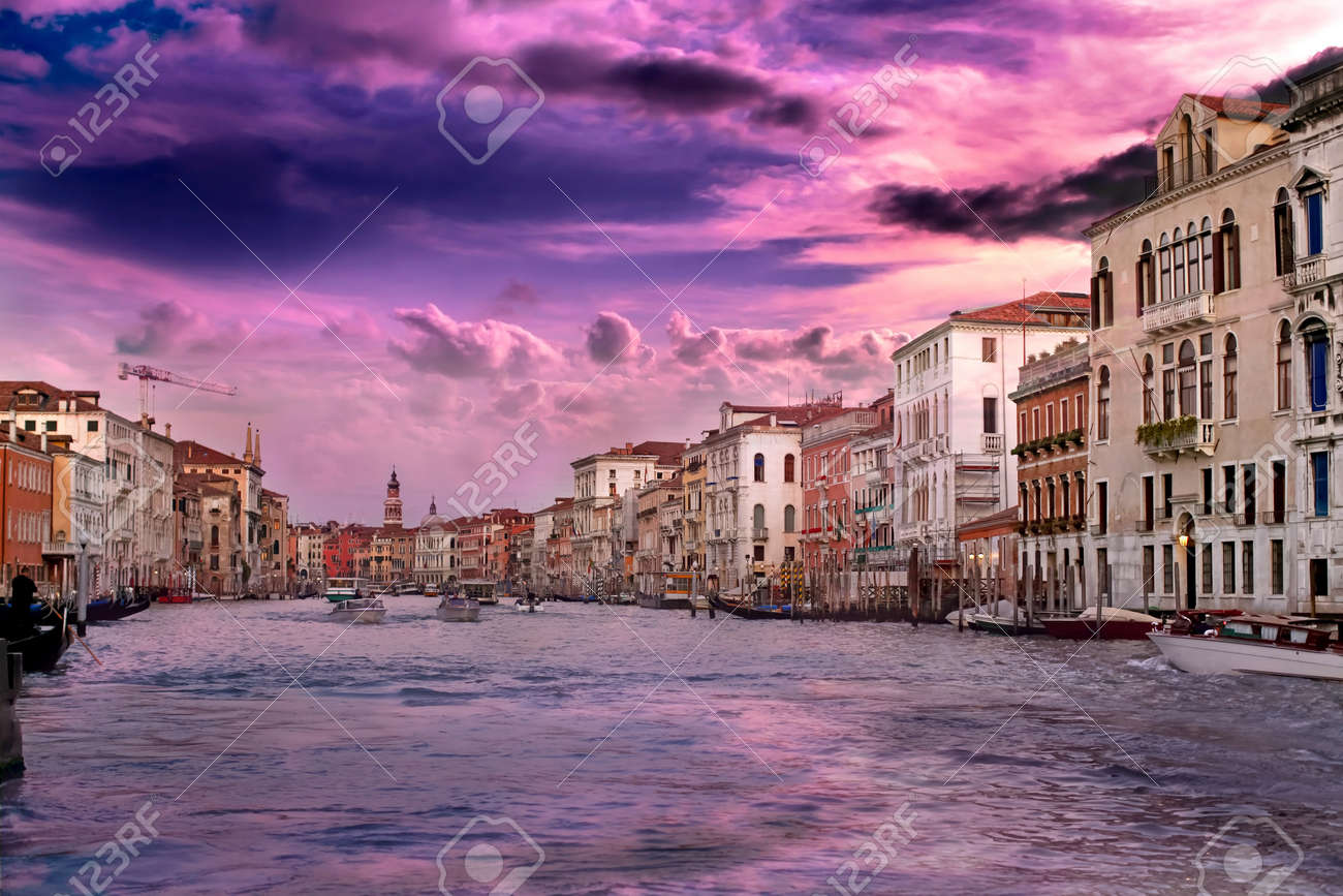 Beautiful sunset with vanilla sky over famous Grand Canal in Venice, Italy Stock Photo - 12904745