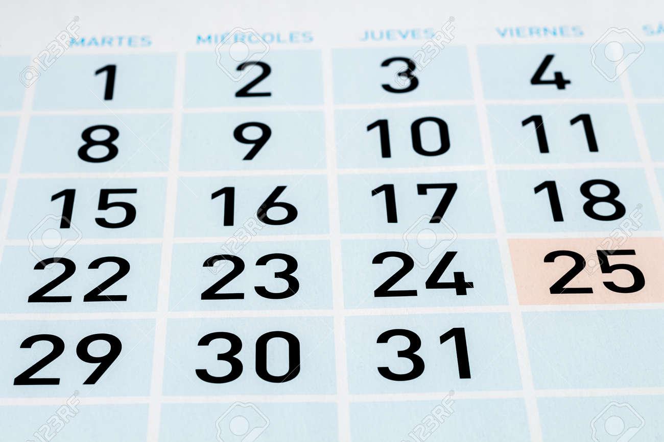 Pagina Del Calendario De Un Mes Con Treinta Y Un Dias Fotos