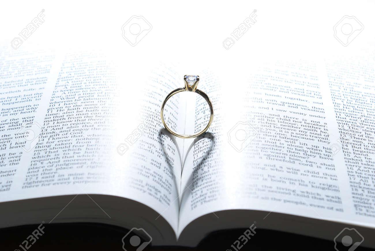 anillo de dios que es