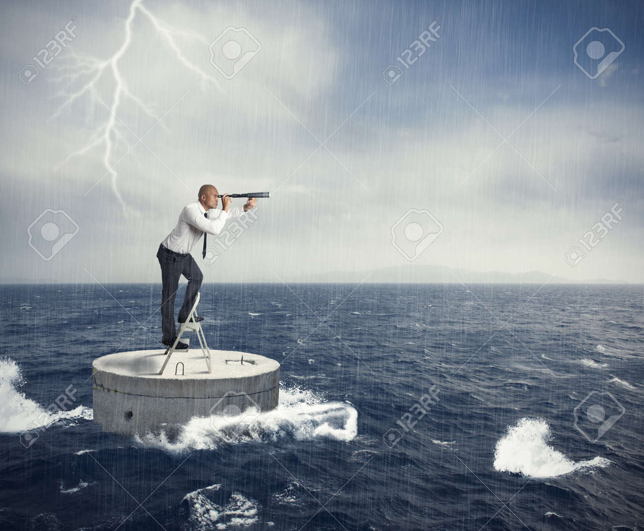 Businessman seek a solution to the crisis Stock Photo - 20563113