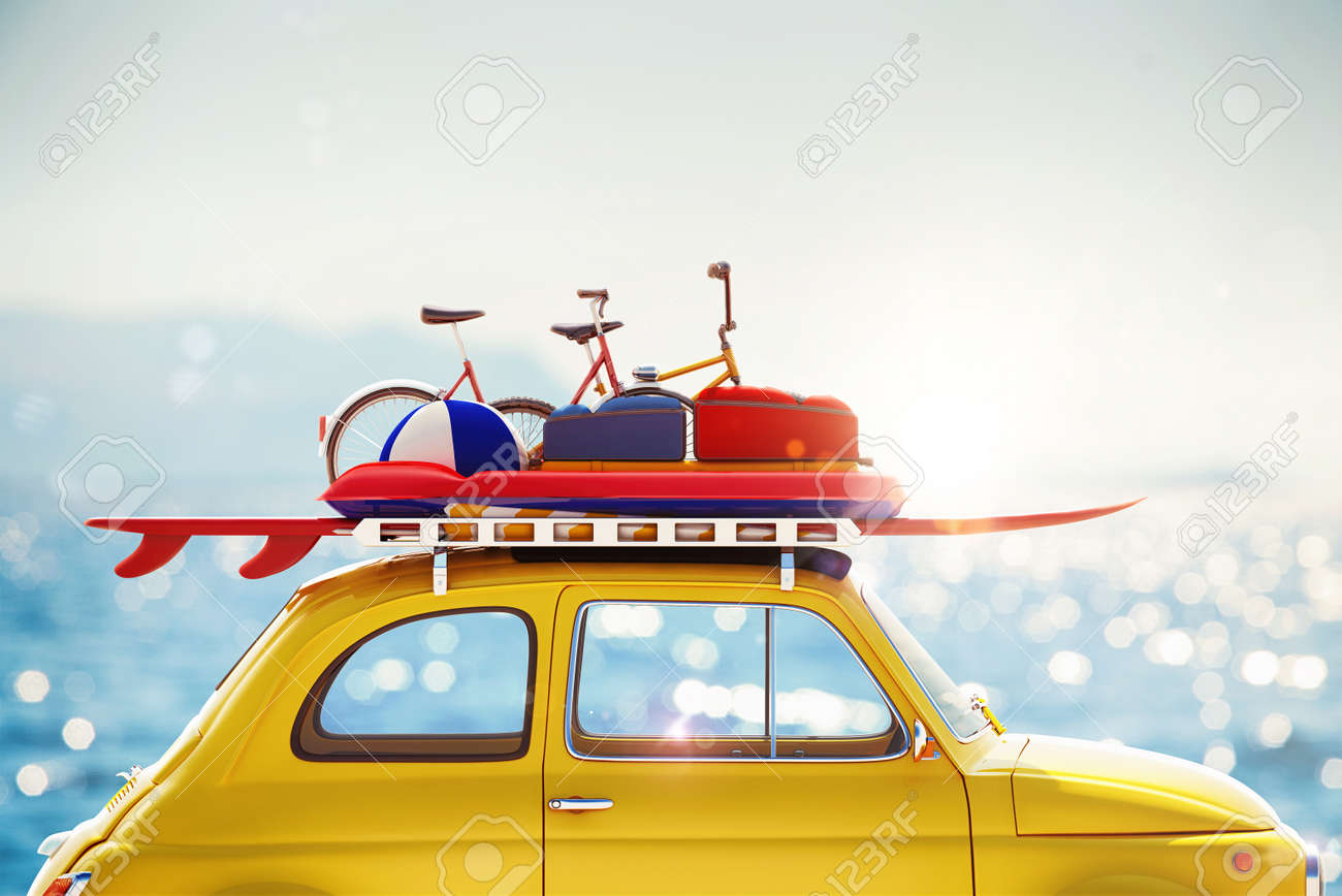 3D rendering car with luggage on roof Standard-Bild - 57081418