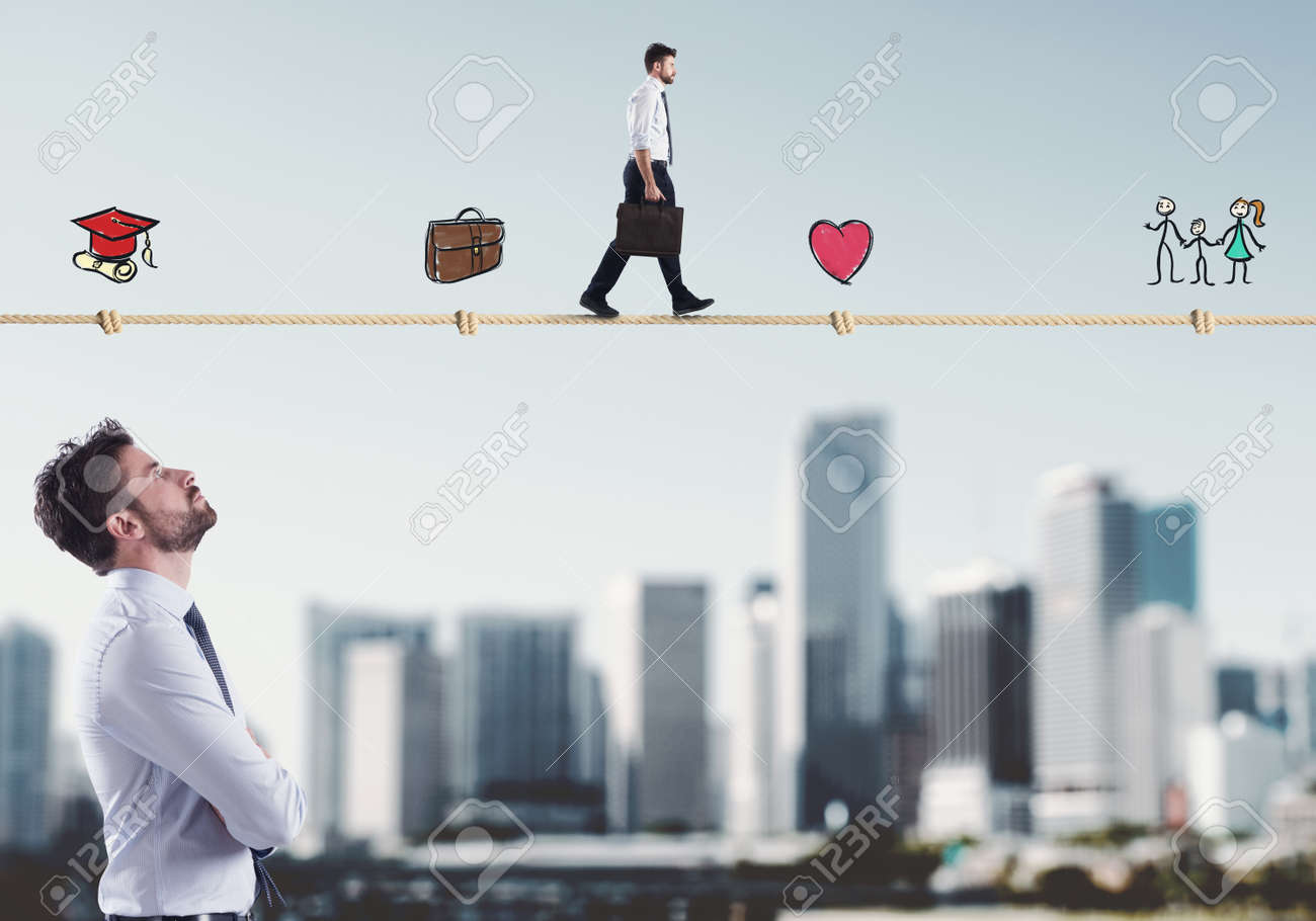 Stages of businessman life - 95549198