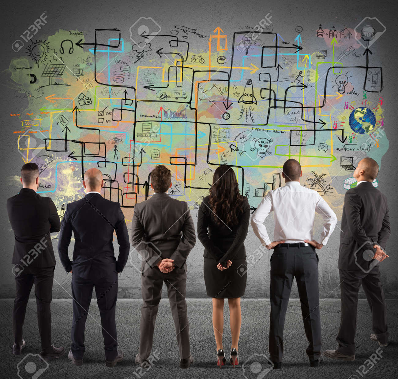 Business team drawing a new complex project - 125821484