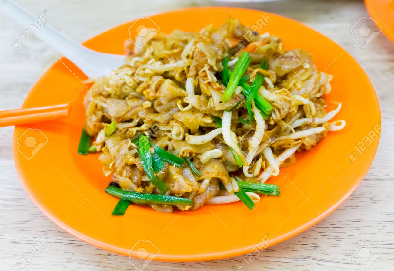 Stir Fried Noodles With Bean Sprouts Rice Noodles Stir Fried