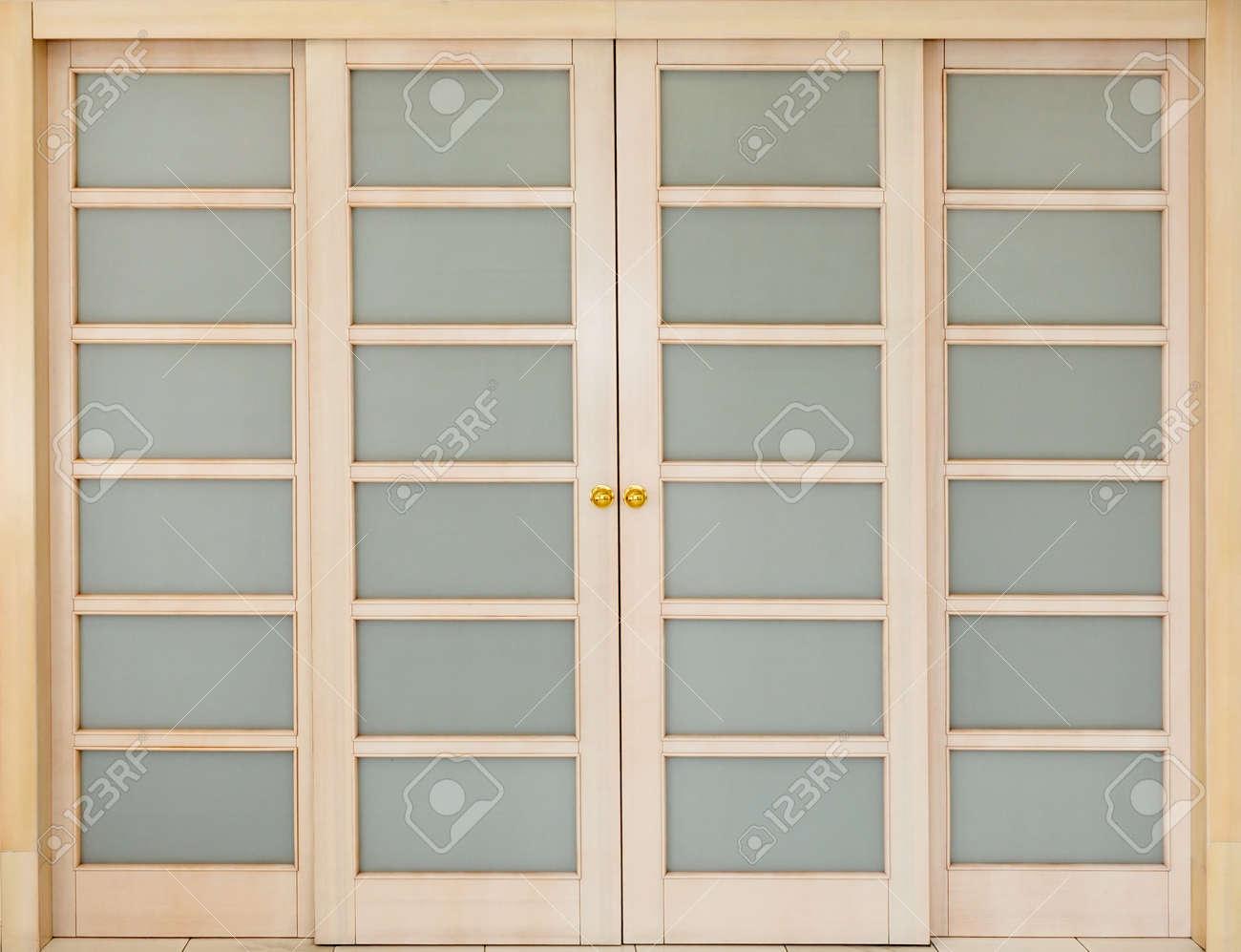 Puertas Correderas De Madera Y Cristal. Affordable Corrediza De ...