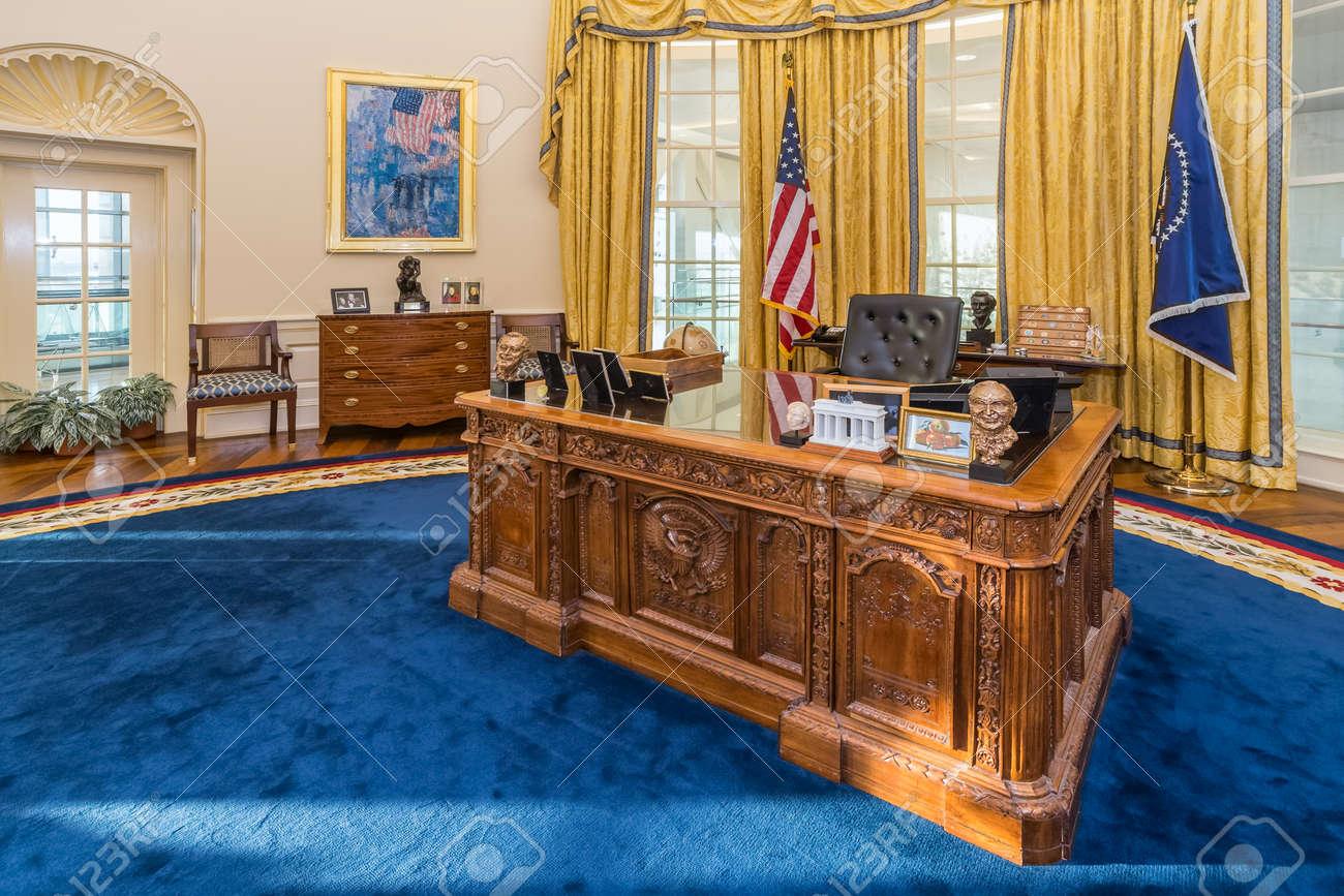 clinton oval office. Little Rock, AR/USA - Circa February 2016: Replica Of White House\u0027s Oval Clinton Office