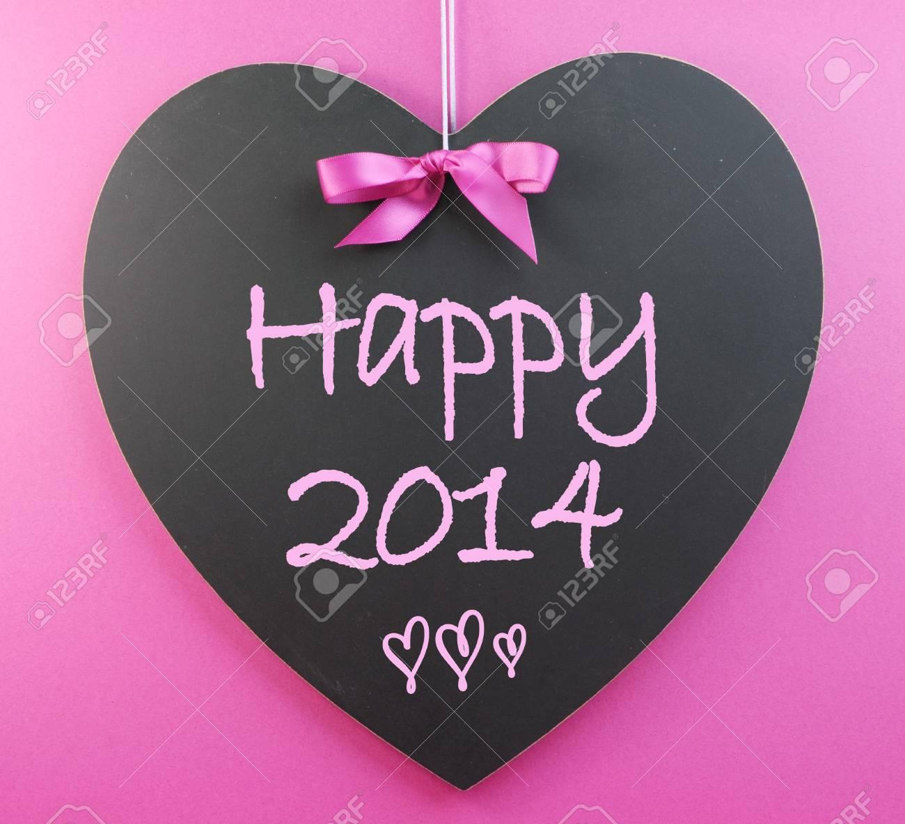 Frohes Neues Jahr 2014 Nachricht Geschrieben Begrüßung Auf Herz-Form ...