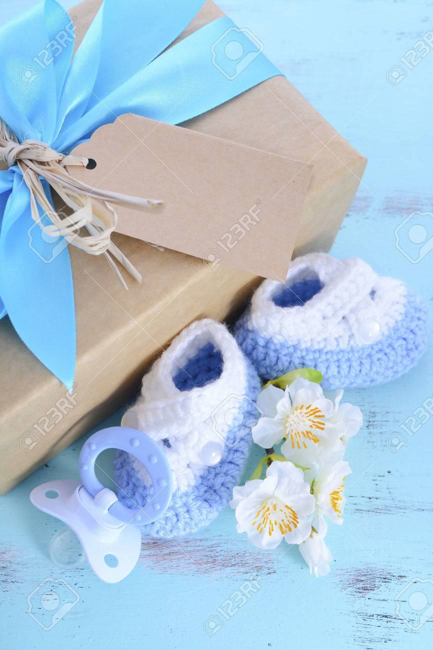 Baby Shower Its A Boy Natural Wrap Gift With Gift Box Baby Booties