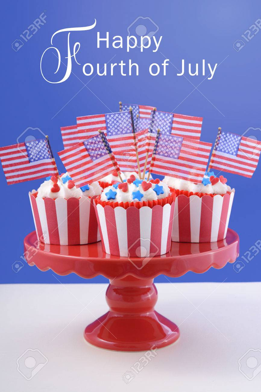 usa theme cupcakes with red hearts and blue star candy decorations