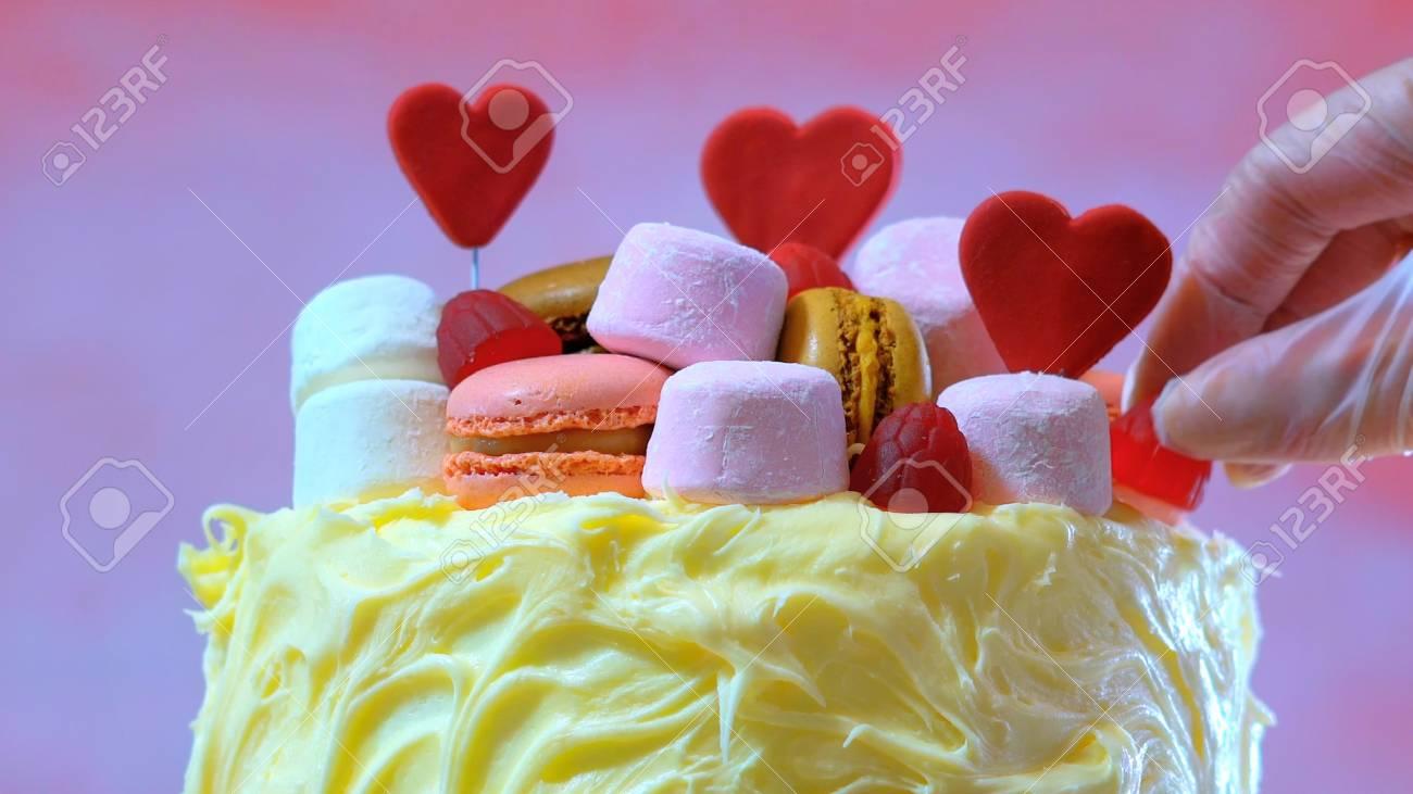 Kuchen Verzieren Fur Muttertag Valentinsgrusse Hochzeit Oder