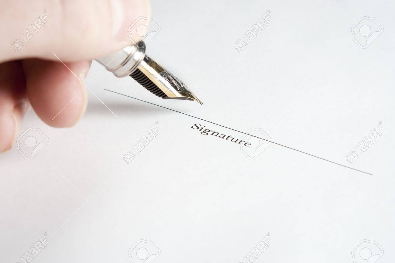Left Hand Signing Name with Fountain Pen Stock Photo - 6123215
