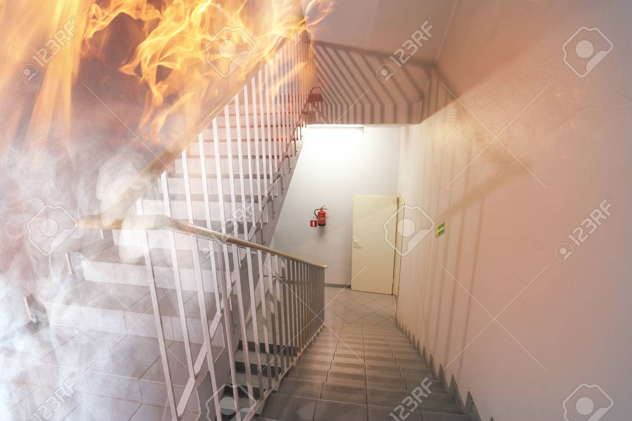 Fire in the building - 38621729