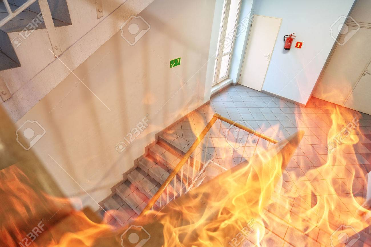Fire in the building - 45218035