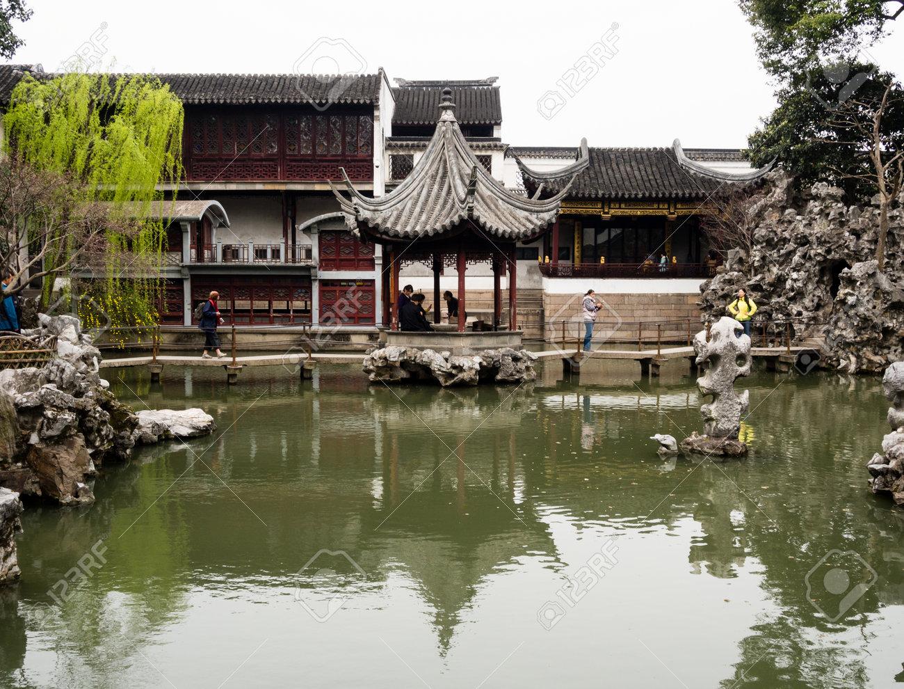 Suzhou, China - March 23, 2016: Springtime In Lion Grove Garden ...