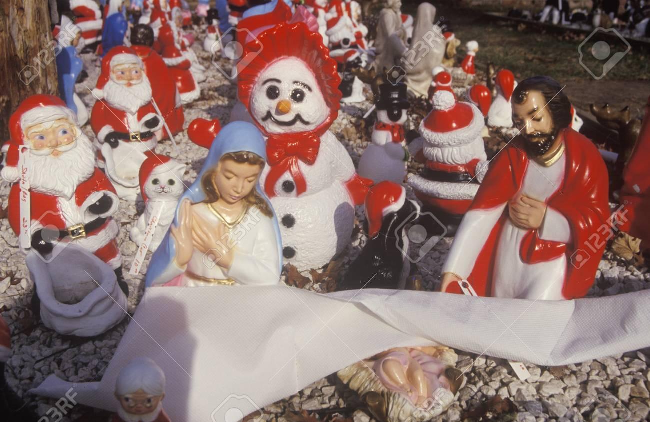 Christmas Yard Decorations, Michigan Stock Photo - 20513926