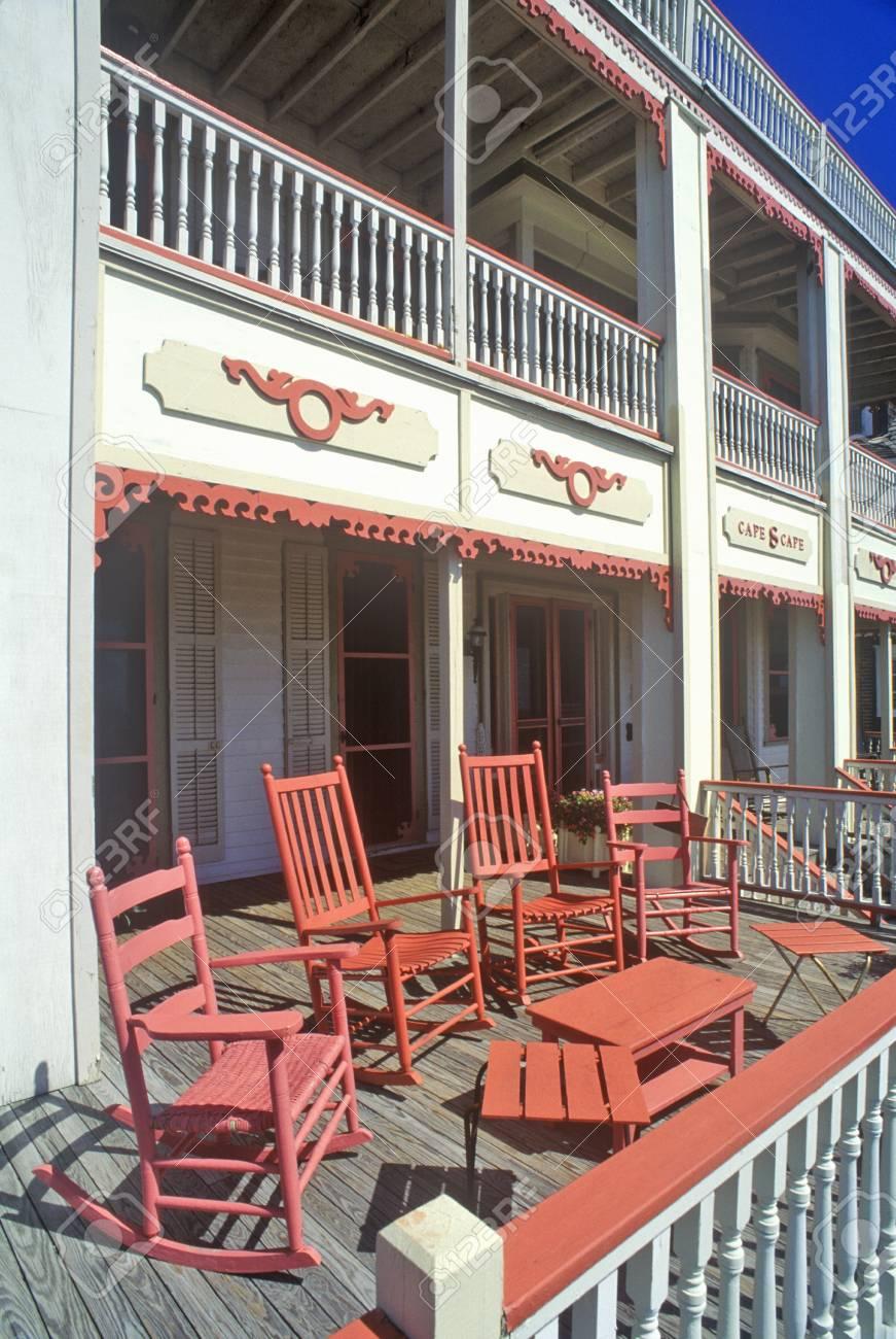 Le Porche De La Maison chaises à bascule sur le porche de la maison victorienne, les sea
