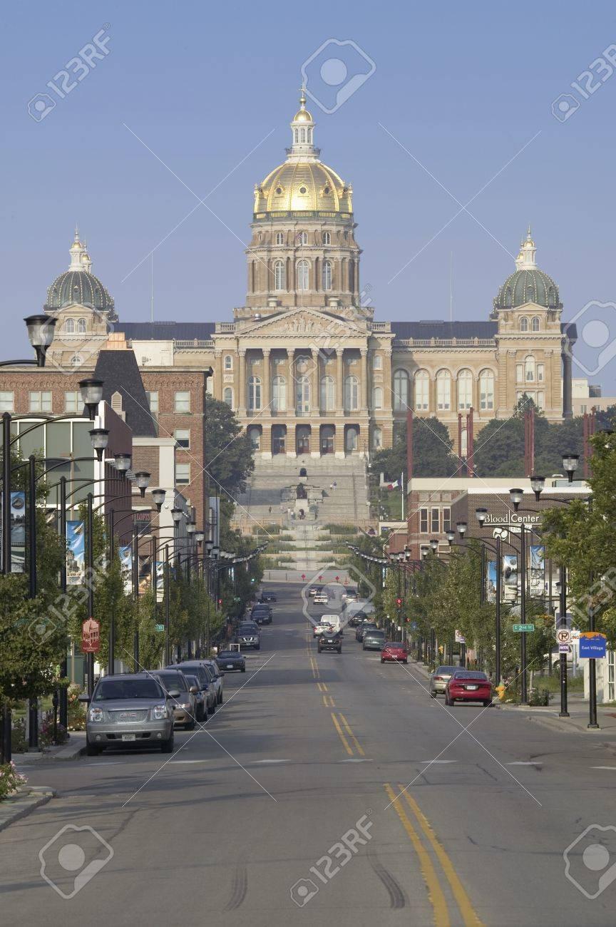 Calle De Cúpula Dorada De Iowa Edificio Capital Del Estado, Des ...
