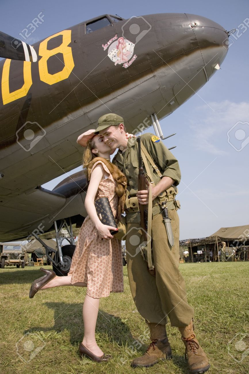 Reenactment of 1940s kiss of US soldier in front of World War