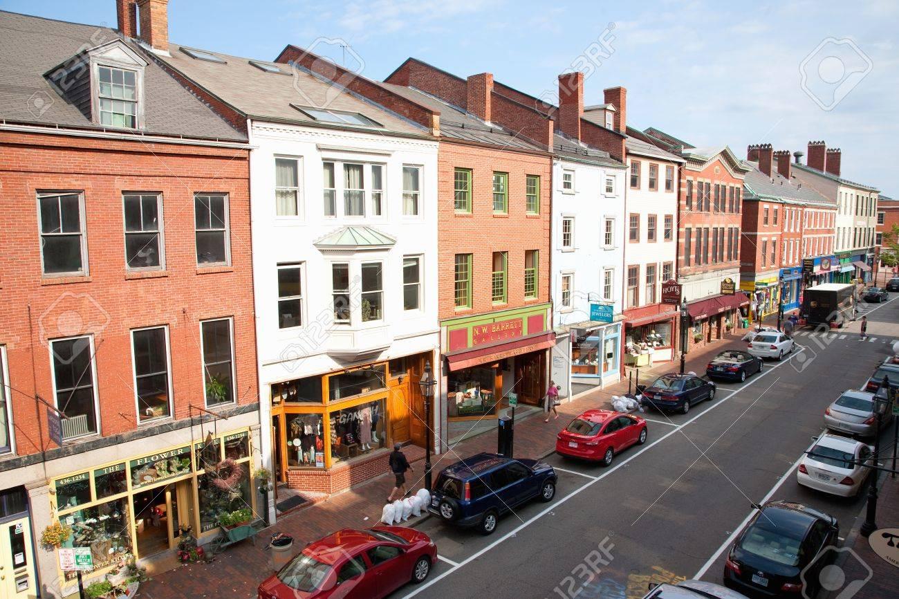Portsmouth Nh Shopping >> Shops On Market Street Portsmouth New Hampshire