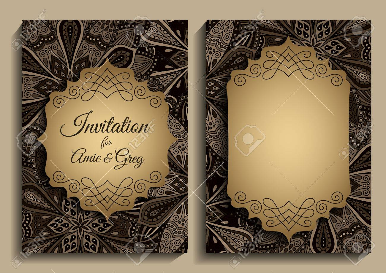 Vector Vintage Flower Invitation. Elegant invitation template