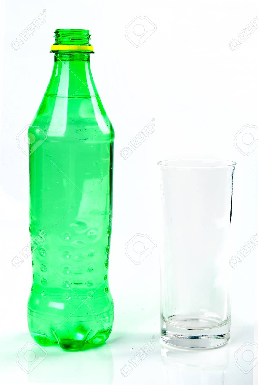 06ed51b77c3 Cup of water Stock Photo - 14260360