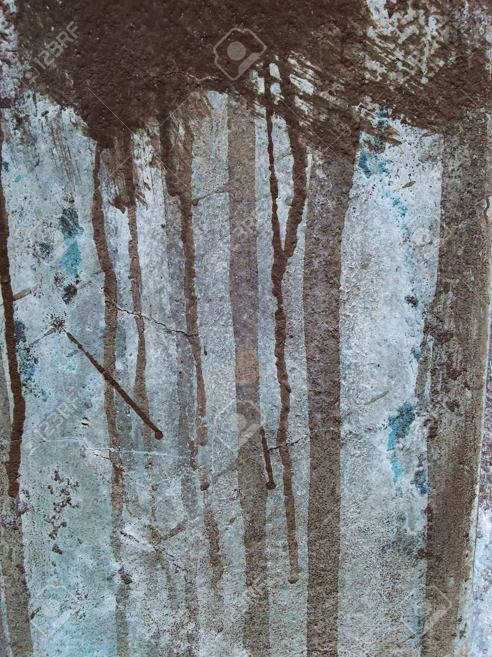 trace the flow of acrylic paint on wall concrete wall texture old rh 123rf com
