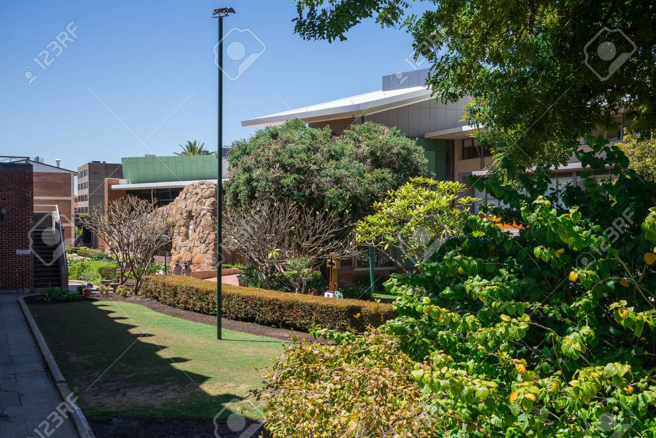 Garden At Mercedes College, Secondary School For Girls In Perth ...
