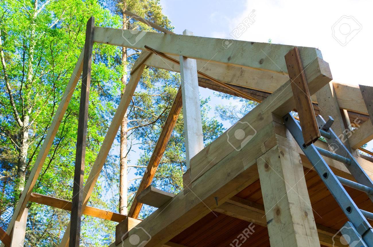 Dachkonstruktion Aus Holz In Builsing Bereich Der Aufbau Okohaus