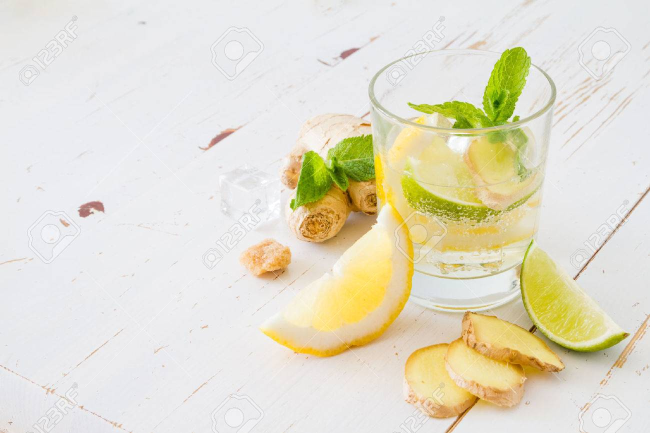 Ginger lemonade ingredients, white wood background, copy space Stock Photo - 48447718