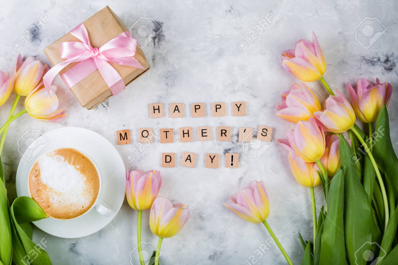 Mothers day card with coffee, present Stock Photo - 75843195