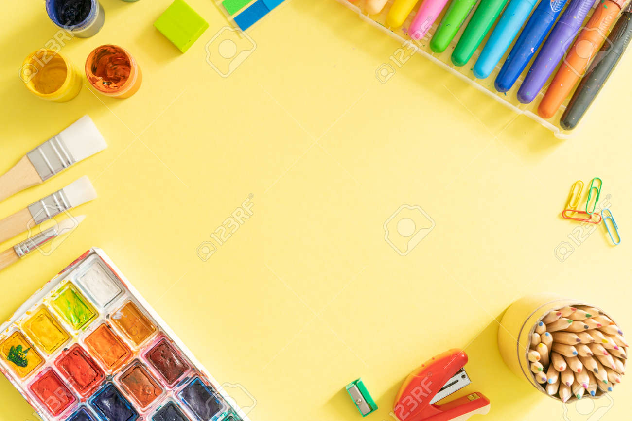 Online drawing class concept - supplies on bright background - 164094016