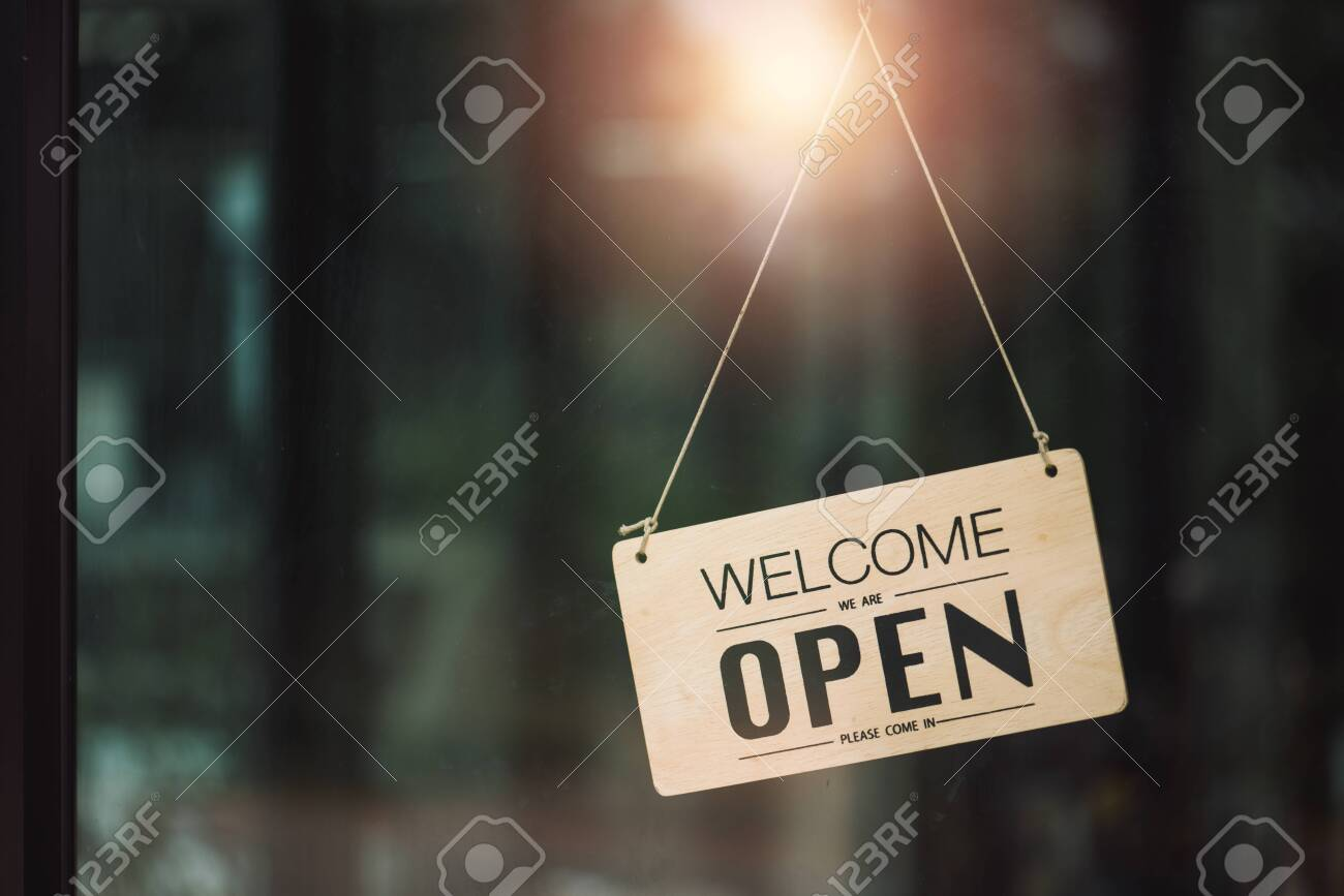 """""""Open"""" on cafe or restaurant hang on door at entrance. - 127636177"""