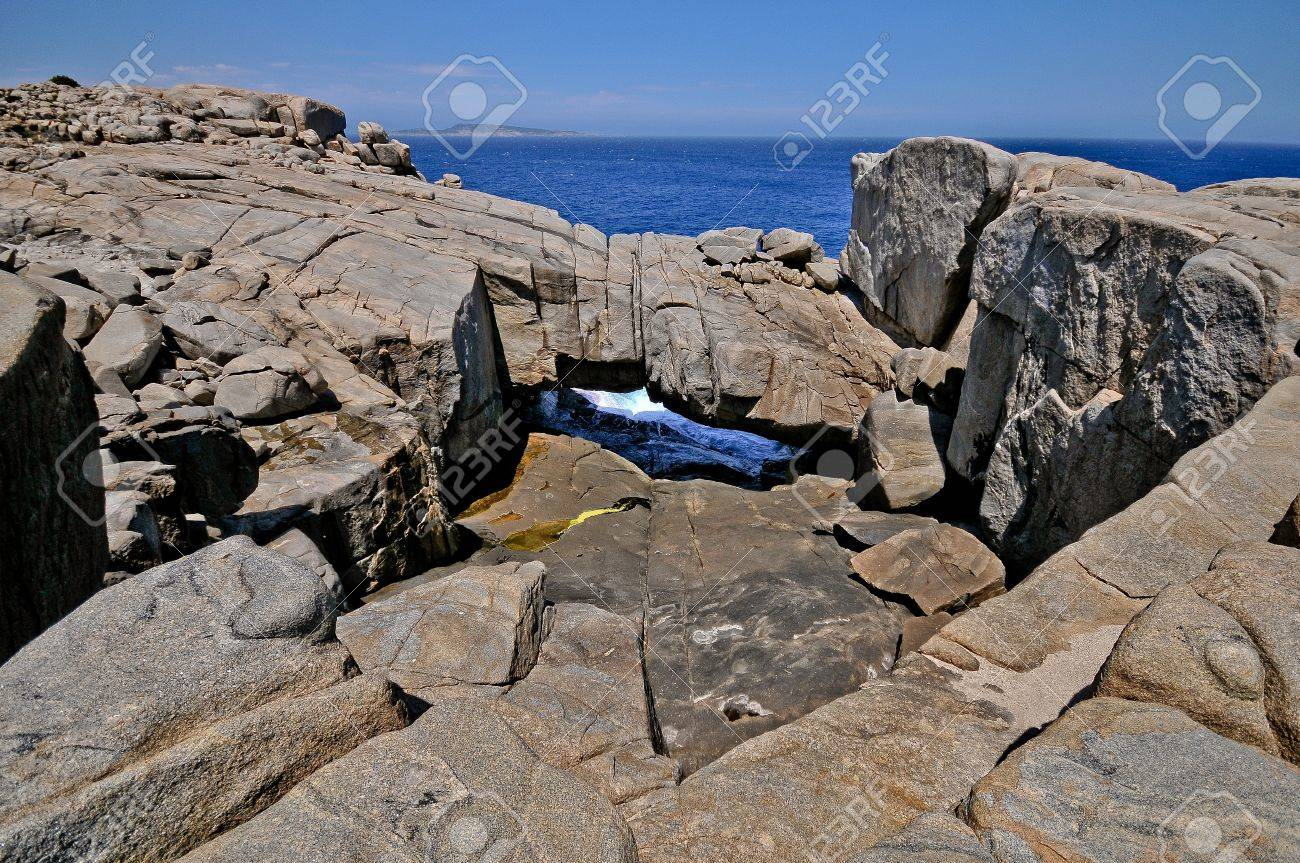 Steep rocks down to the sea Stock Photo - 9003366