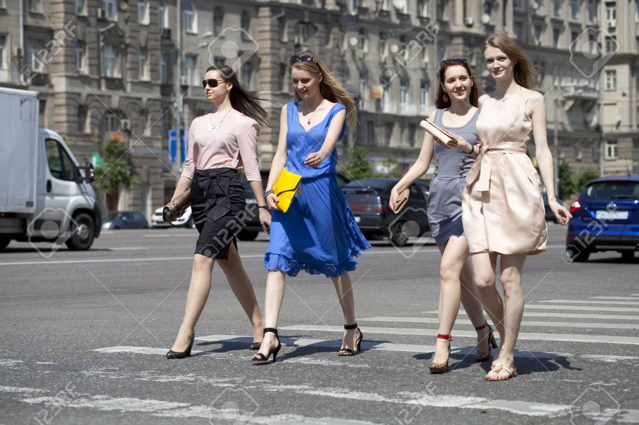 Русский пикап парней девушками на улице, Пикап порно онлайн, секс пикаперов на 24 видео 22 фотография
