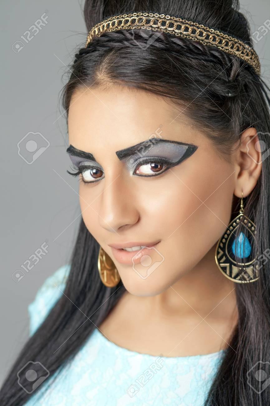 Gyptische Konigin Cleopatra Make Up Modell Im Studio Lizenzfreie