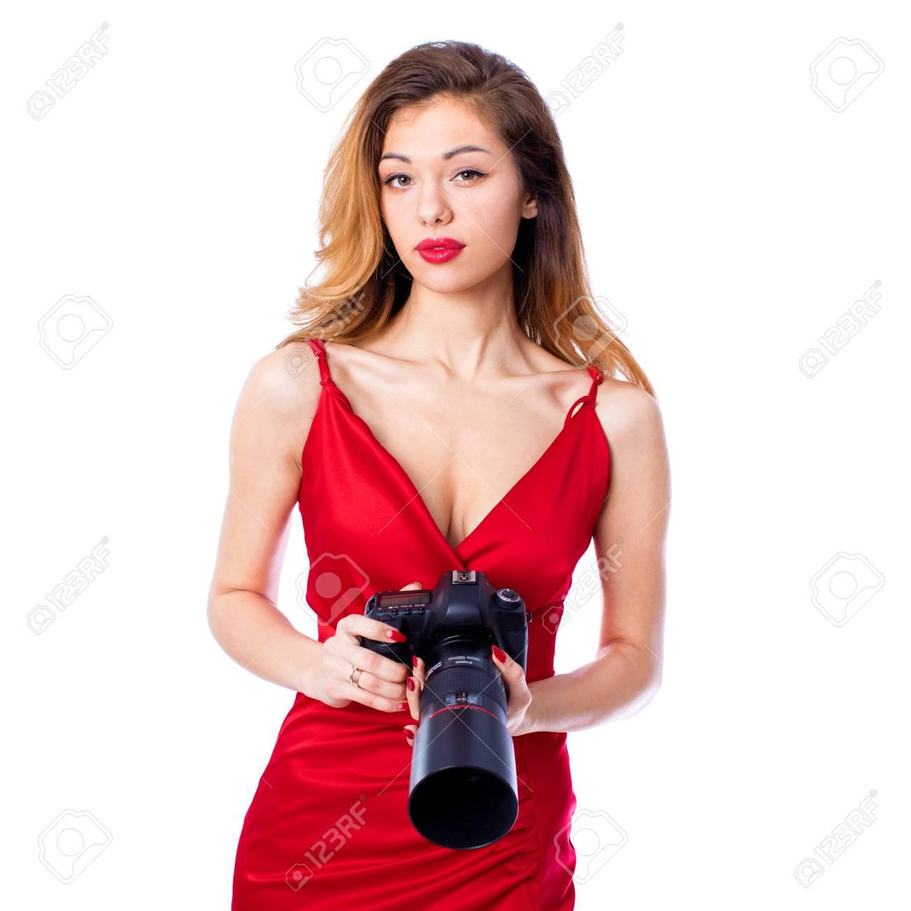 Bonne Blond Photographe Femme Camera Tenue De Robe Rouge Sexy Isole Sur Fond Blanc Banque D Images Et Photos Libres De Droits Image 74266423
