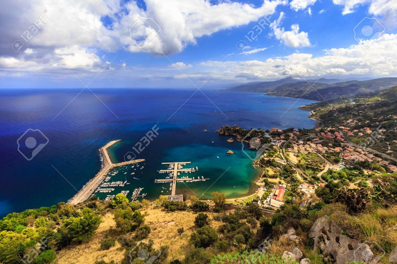 Fantastico Paesaggio Al Italien Siciliana Costiera Della Città Di