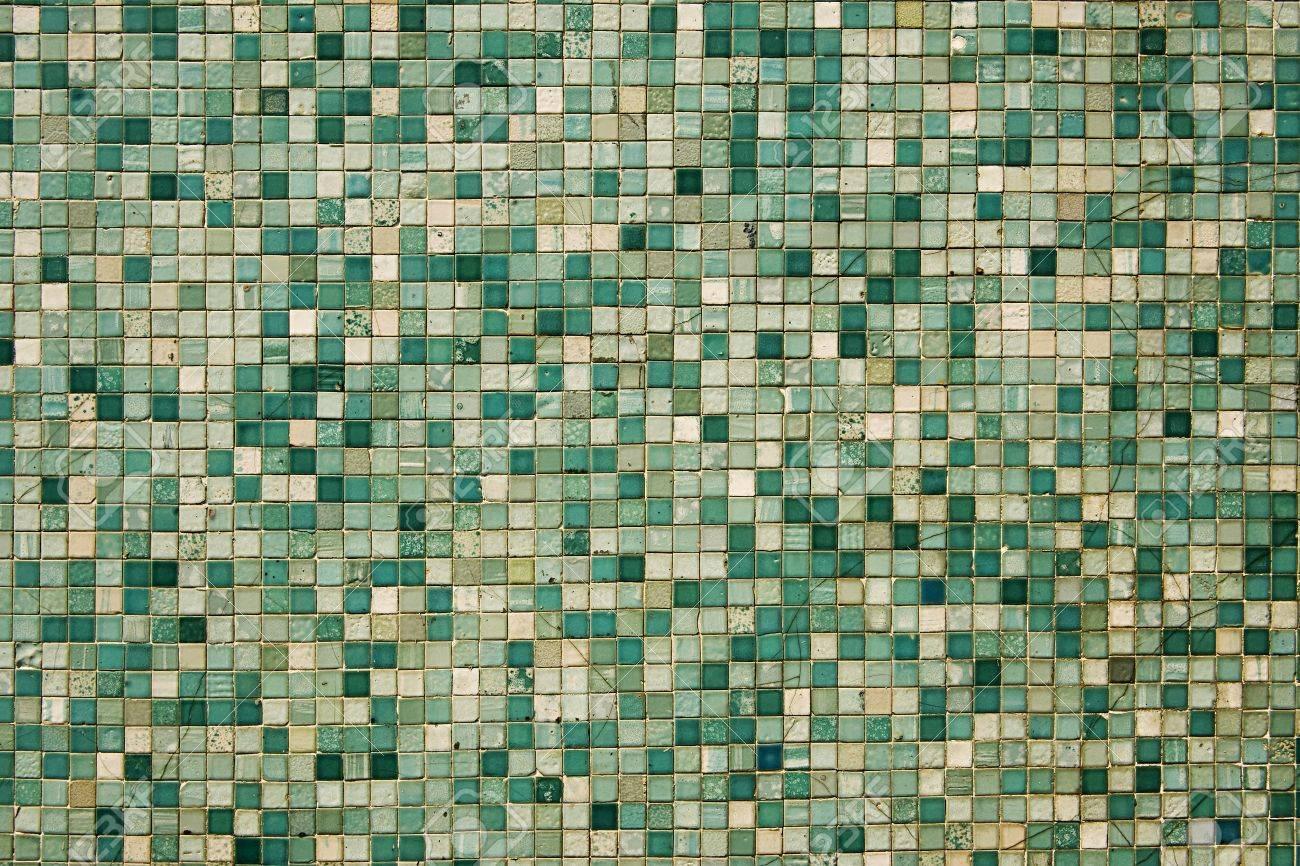 Astratto sfondo architettonico del piccolo mosaico verde in più