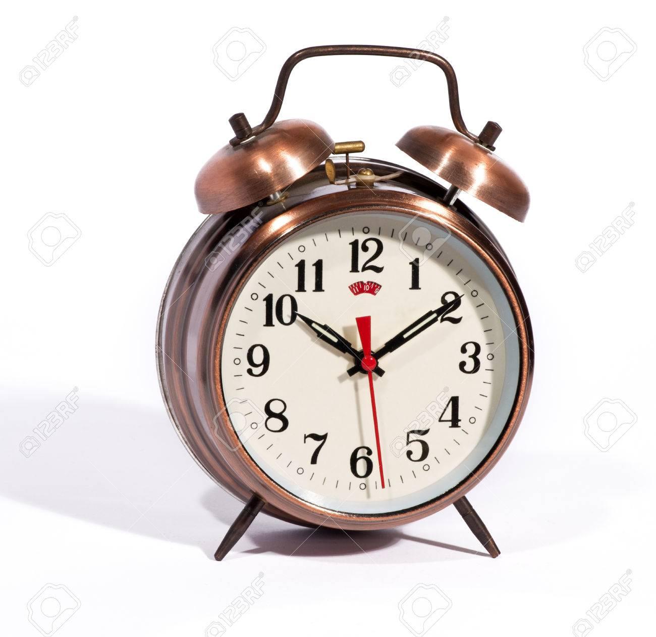 169934faf7c2 Bronce clásico color reloj despertador de estilo vintage con las campanas y  un reloj moderno