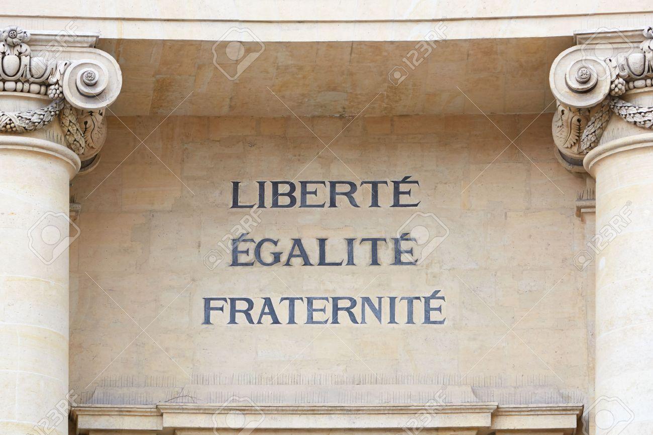 Libertad Igualdad Y Fraternidad Lema De La Revolución Francesa Fotos Retratos Imágenes Y Fotografía De Archivo Libres De Derecho Image 32039465