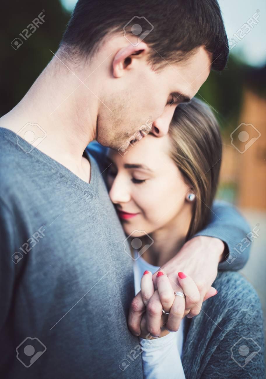 Couple Love Com
