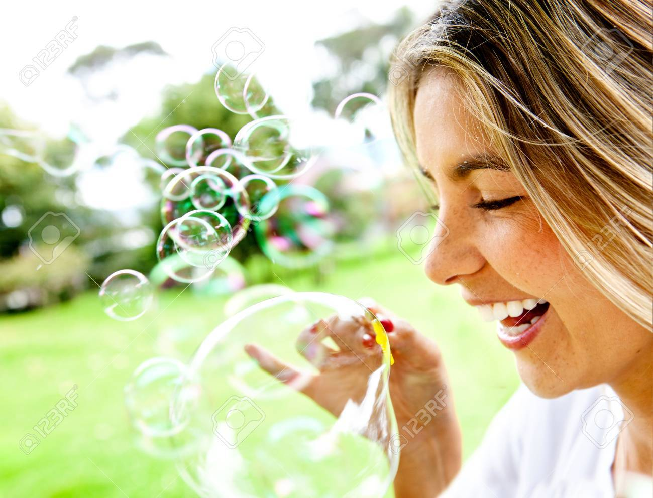 Blowing Soap Bubbles in Freezing Weather Blowing Soap Bubbles at