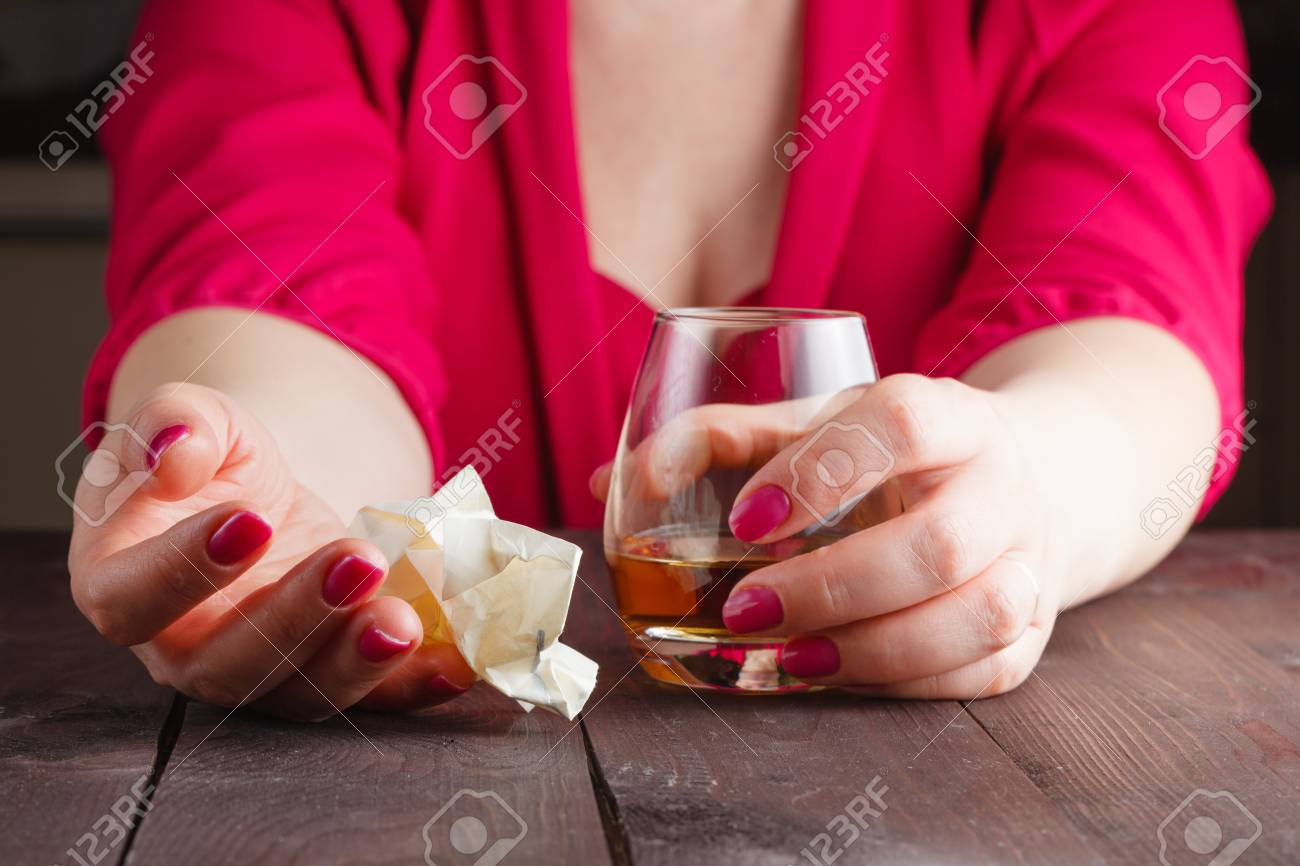 https://previews.123rf.com/images/andreycherkasov/andreycherkasov1602/andreycherkasov160200568/52844056-woman-crumpled-paper-note-and-drink-alcohol.jpg