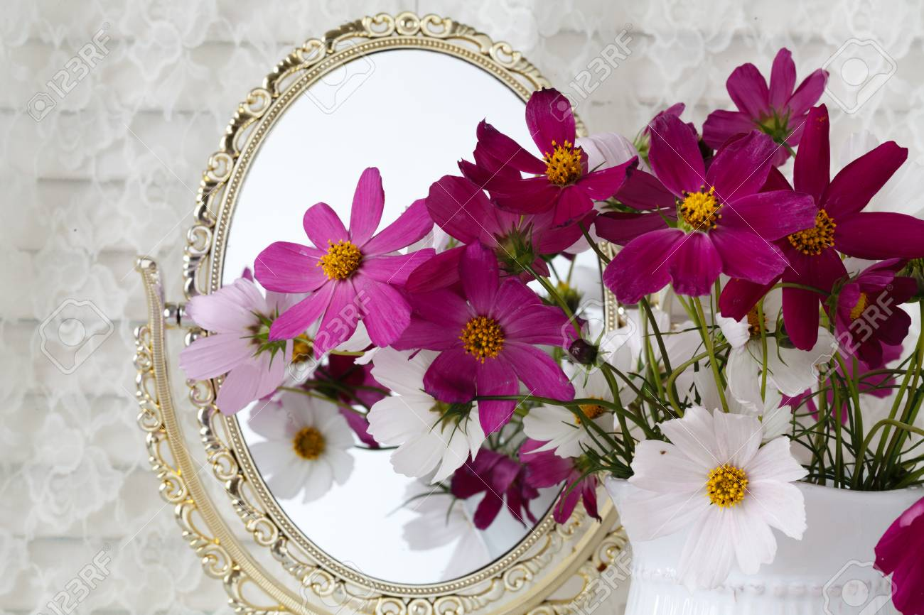 Wedding Decor Pink And White Flowers Vase Mirror