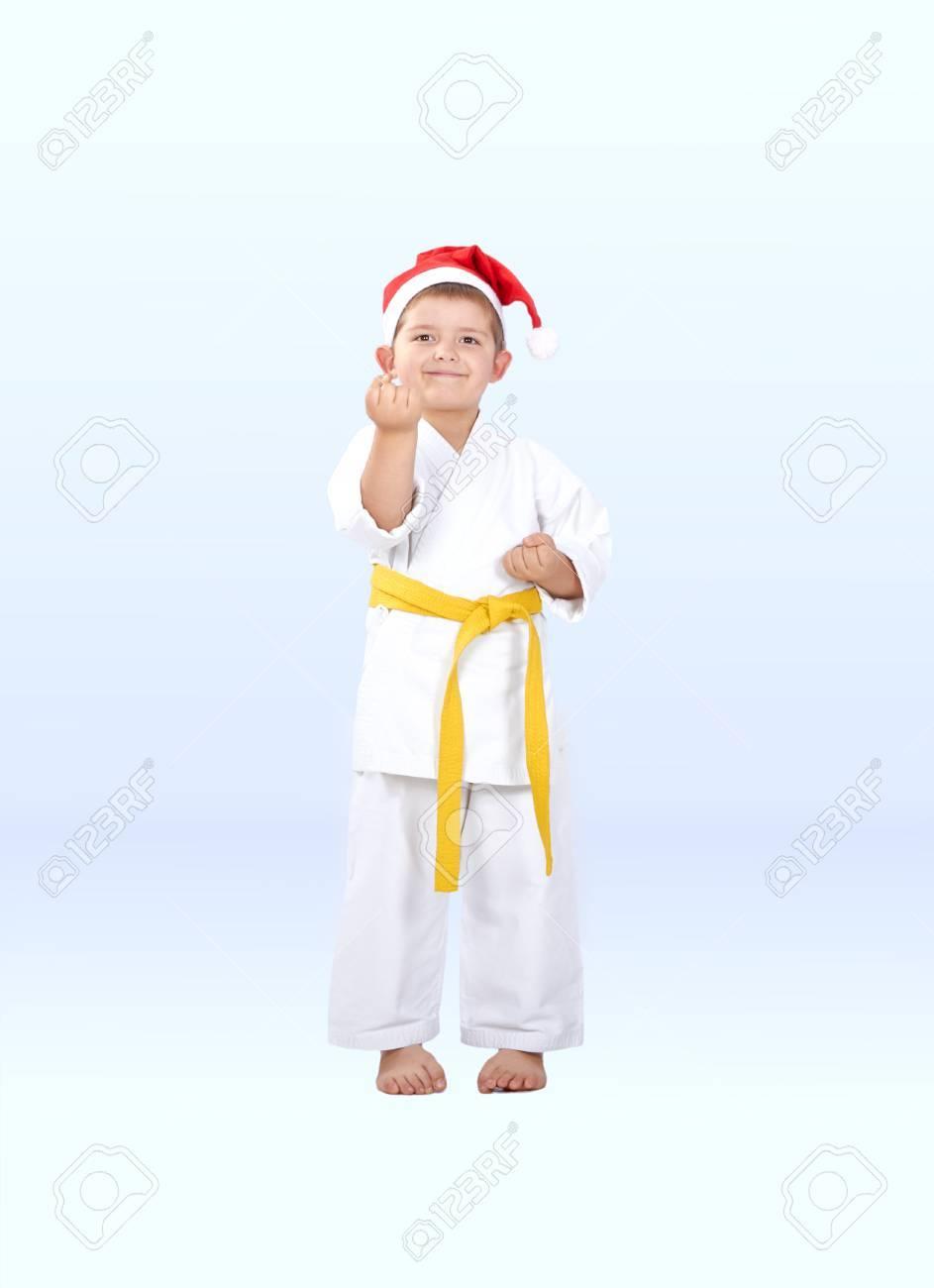 Immagini Karate Natale.Poco Karateka In Un Cappello Di Babbo Natale E Nel Karate Cremagliera
