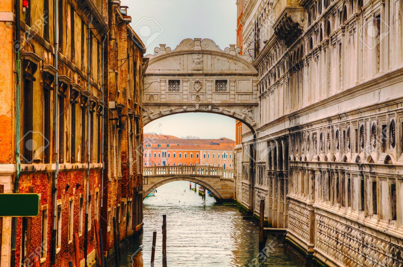 Puente De Los Suspiros En Venecia Italia Famoso Puente De Los Suspiros De Venecia Fue Diseñado Por Antonio Contino Y Fue Construido A Principios Del Siglo 17 Fotos Retratos Imágenes Y Fotografía