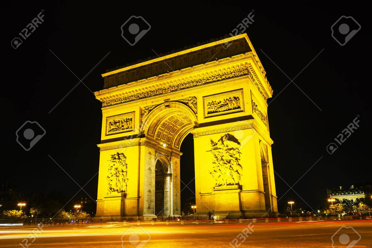 arc de triomphe de l etoile the triumphal arch in paris at stock
